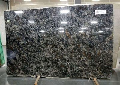 black-metalick-granite